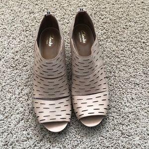 Booties/sandals